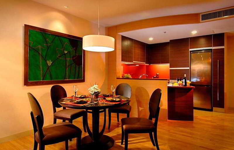 Urbana Sathorn Bangkok ( fromerly Fraser Suites Urbana Sathorn )