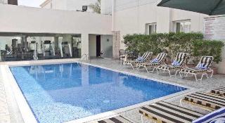 Regent beach resort jumeirah p o box 127328 jumeirah 1 for Dubai beach hotels cheap