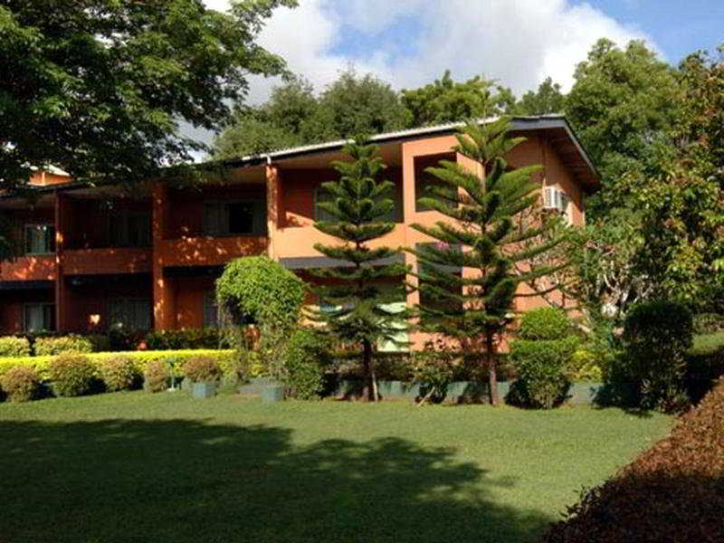 Miridiya Lake Resort