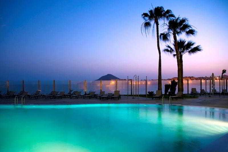 Arenas del Mar Hotel
