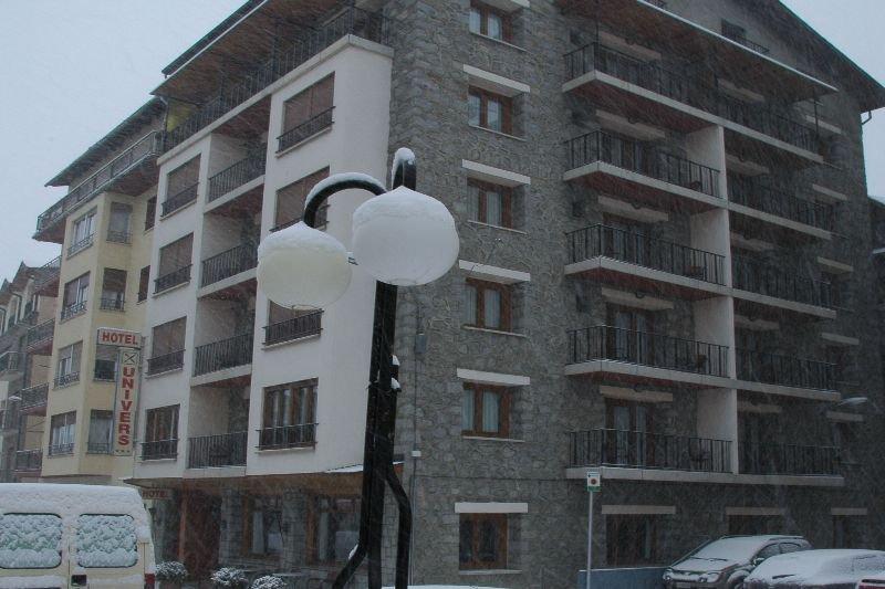 Univers in Andorra, Andorra