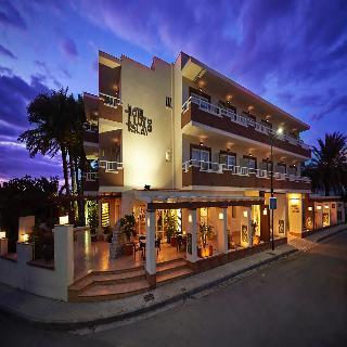 Hoteles con jard n en ibiza ciudad espa a viajes el for Ciudad jardin ibiza