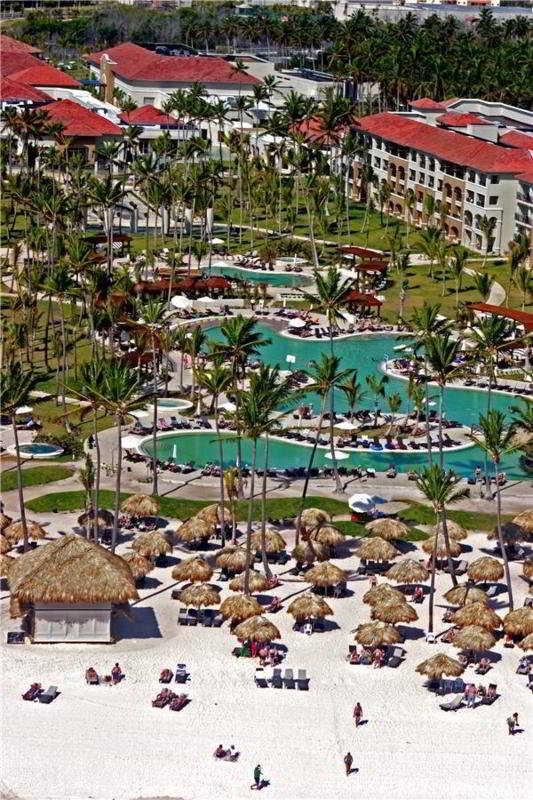 http://www.hotelbeds.com/giata/09/091764/091764a_hb_a_009.jpg