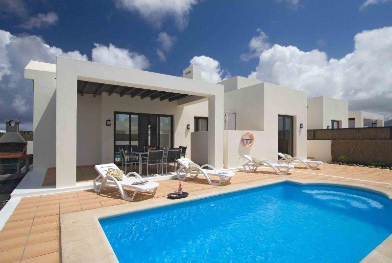 Hotel villas las buganvillas en playa blanca lanzarote for Hotel villas las palmas texcoco