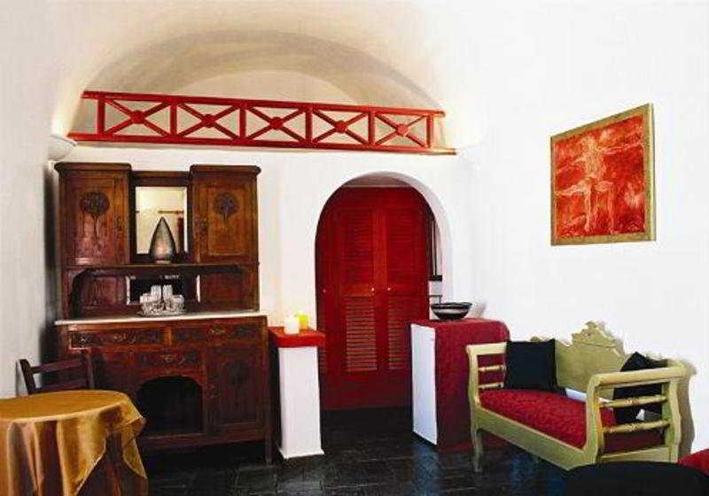 Oneiro Apartments -