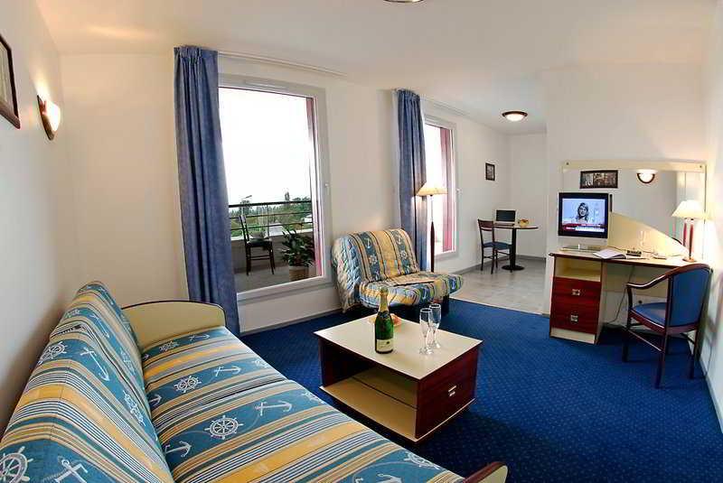 Appart Hotel La D Ef Bf Bdfense