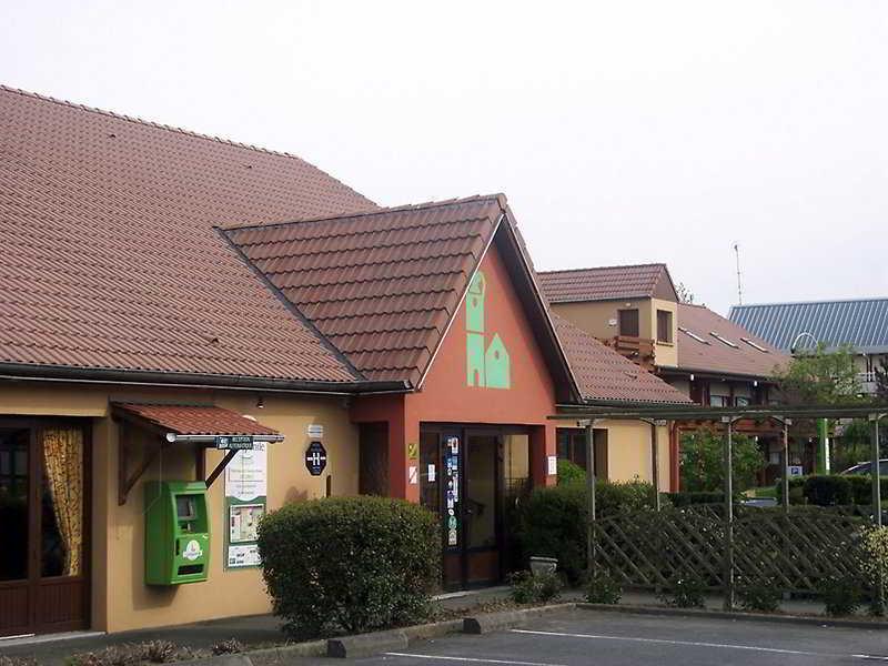 http://www.hotelbeds.com/giata/09/094816/094816a_hb_a_001.jpg