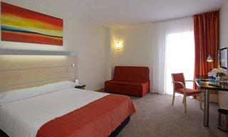Viajes Ibiza - Hotel B&B Girona