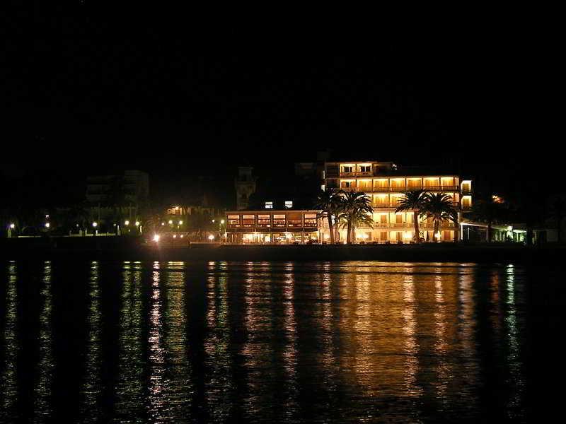 http://www.hotelbeds.com/giata/09/096504/096504a_hb_a_005.jpg