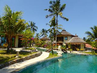 Puri Dajuma Cottages Beach Eco-Resort & Spa