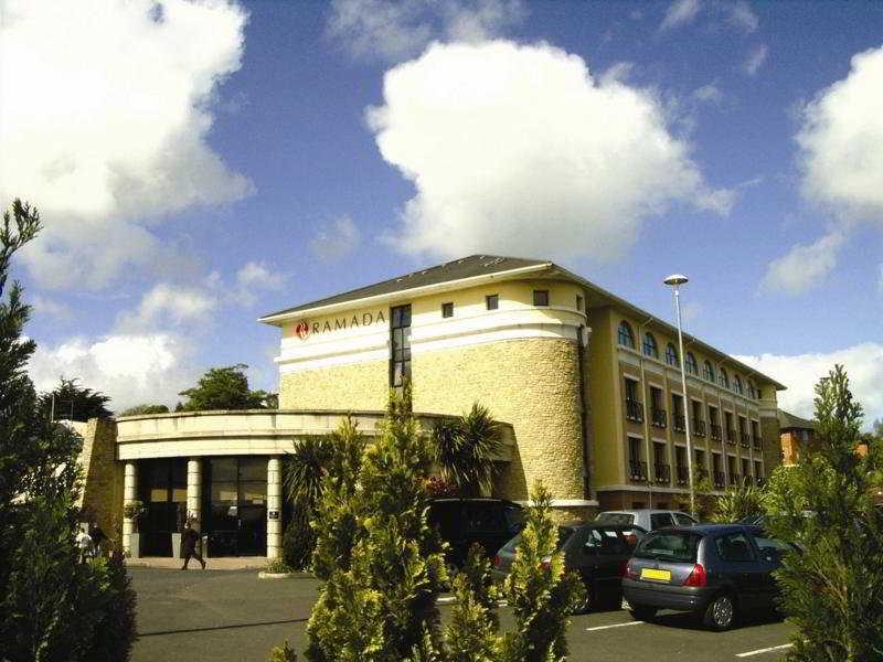 Viajes Ibiza - Ramada Da Vincis Hotel Derry