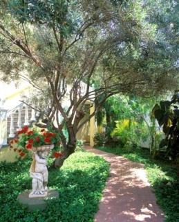 http://www.hotelbeds.com/giata/10/100446/100446a_hb_a_007.jpg