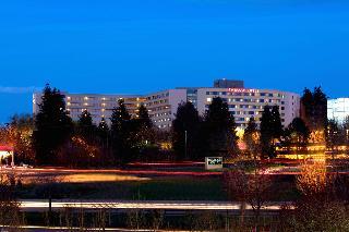Hotels Near Washington Square Mall Tigard Or