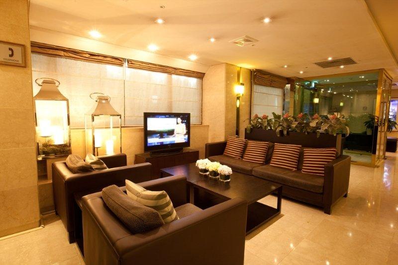 Prince Hotel:  Lobby