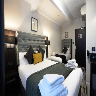Airways hotel victoria london for Alojamiento familiar londres