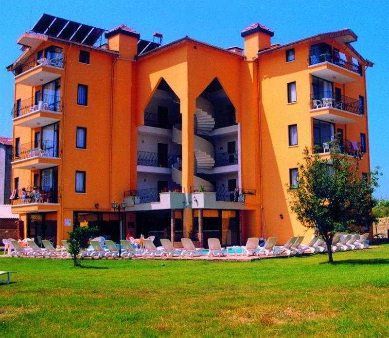 Begonville Apart in Side Area, Turkey