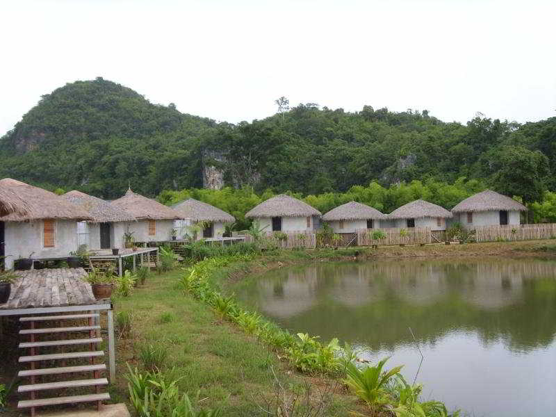 Avatarn Miracles Resort