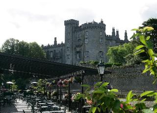 Kilkenny River Court