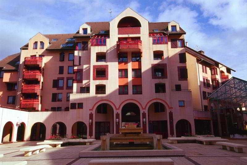 HotelPortes De Geneve
