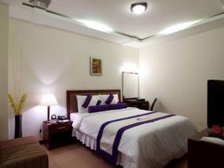 Room - Lavender Hotel