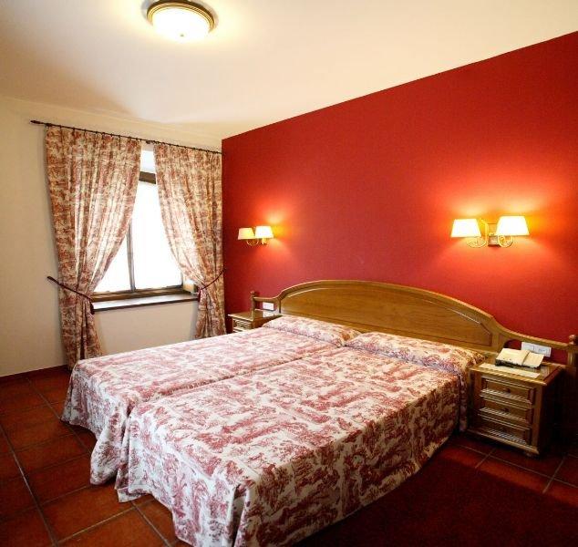 Hotel Puente Romano thumb-2