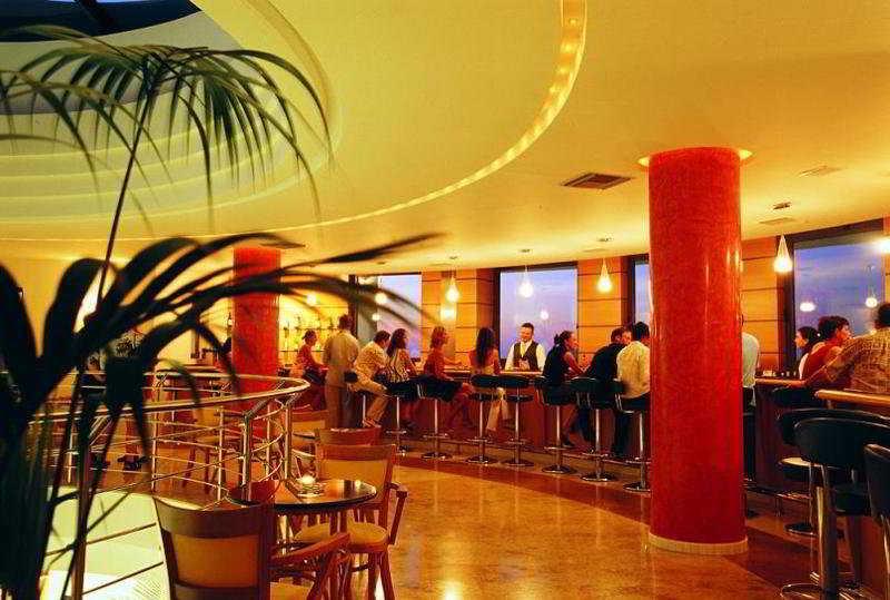 Grand Hotel Holiday Resort -