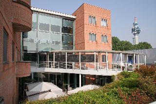 Studios Hotel