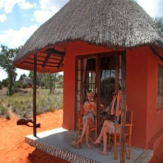 Hotel Intu Africa-Camelthorn Kalahari Lodge