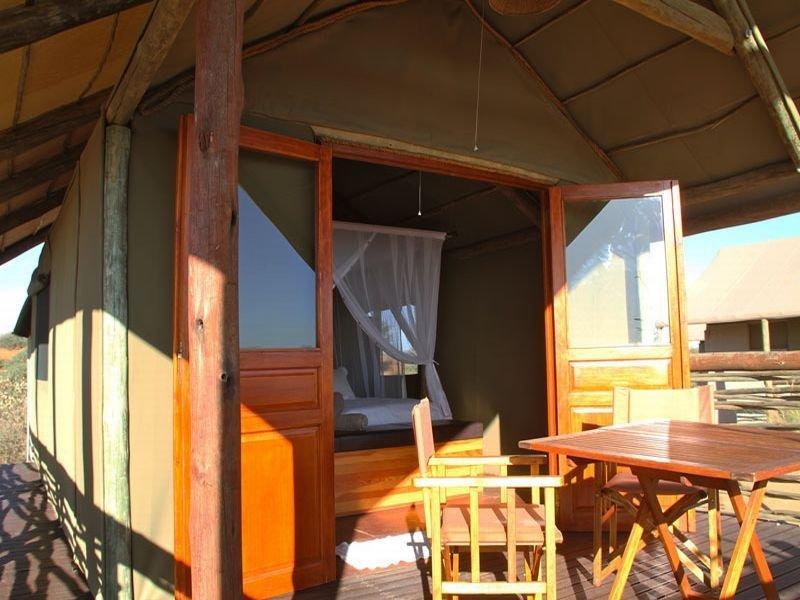General - Intu Africa Suricate Tented Kalahari Lodge