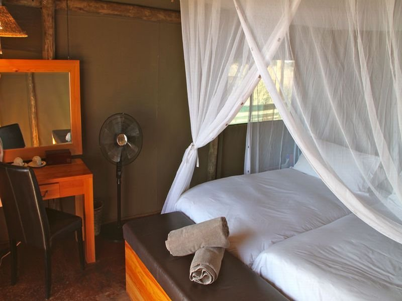 Room - Intu Africa Suricate Tented Kalahari Lodge
