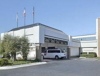 Ramada Plaza by Wyndham Charlotte Airport
