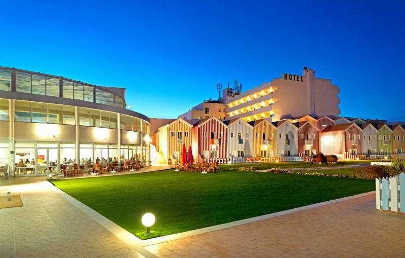 hotel cristal praia resort spa hotel en vieira de leiria viajes el corte ingl s. Black Bedroom Furniture Sets. Home Design Ideas