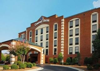 Hotel Comfort Suites Greensboro Airport