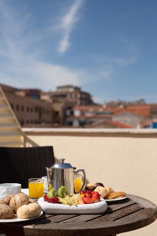 Viajes Ibiza - AH Agora