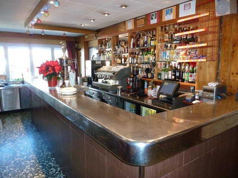 L`slalom:  Bar