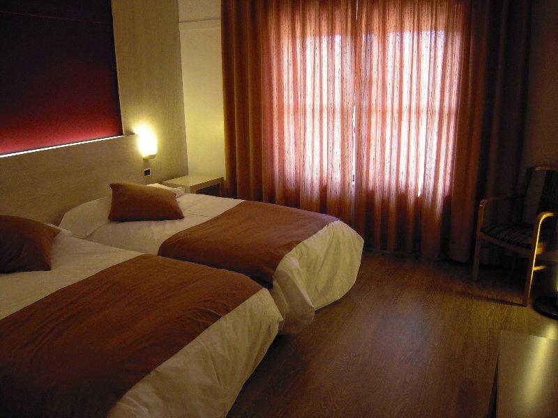 Hotel Rio Ucero