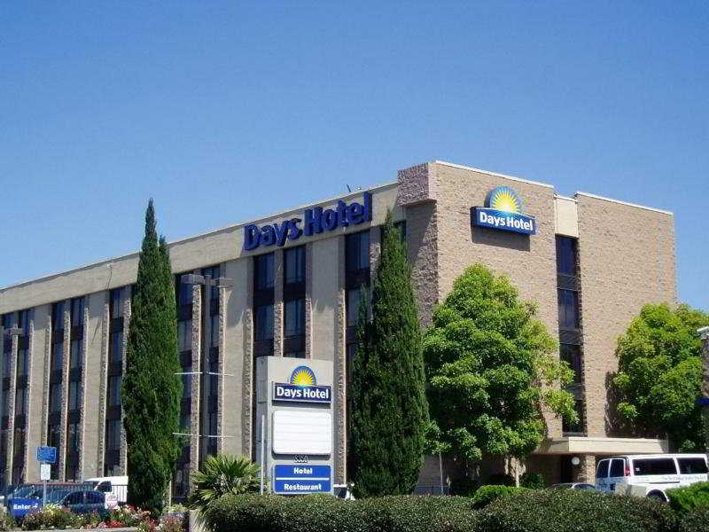 Days Hotel Oakland Airport Coliseum