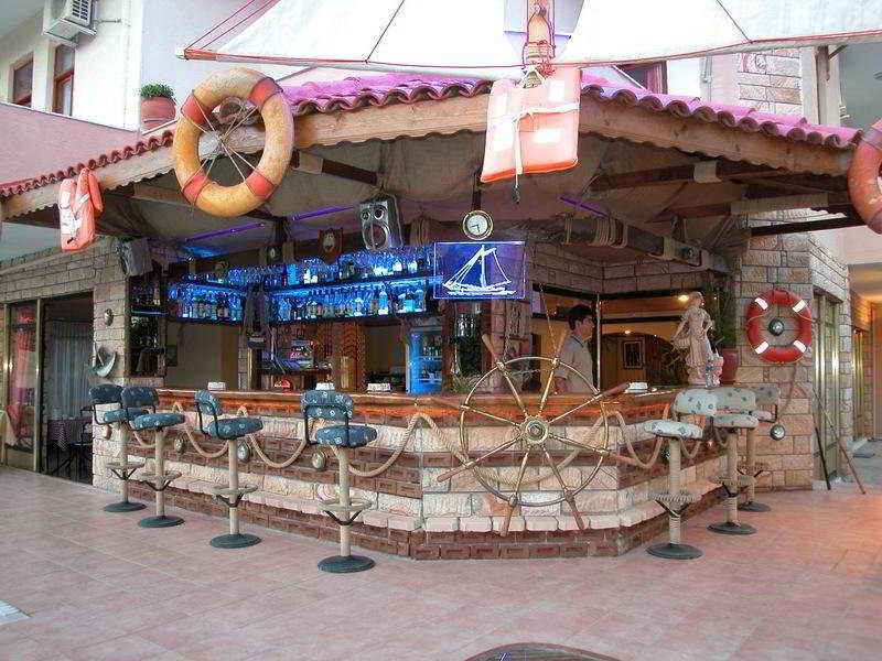 Adonis Hotel -