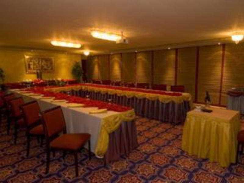Oferta en Hotel White Palace en Riad
