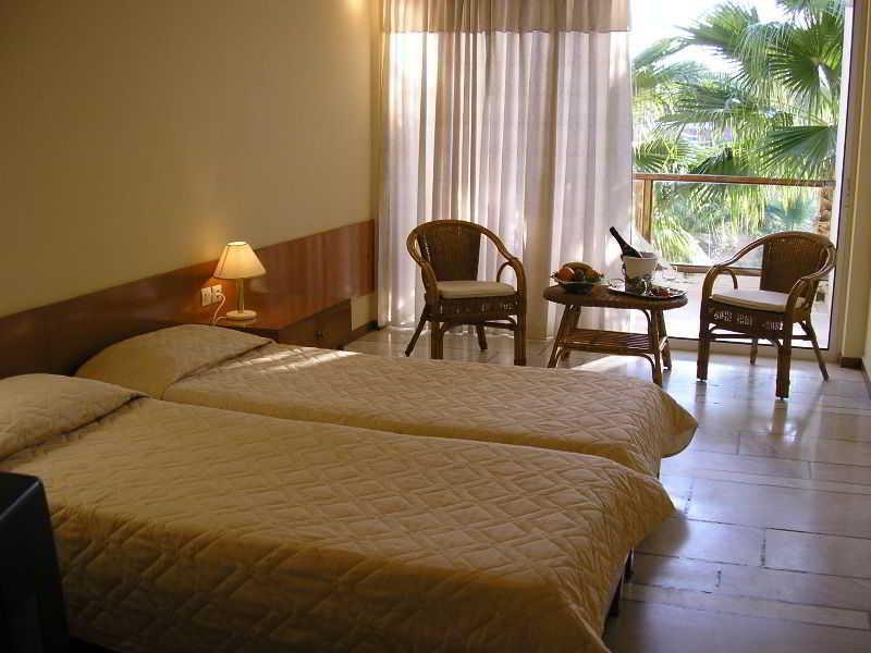 Pavlina Beach Hotel -