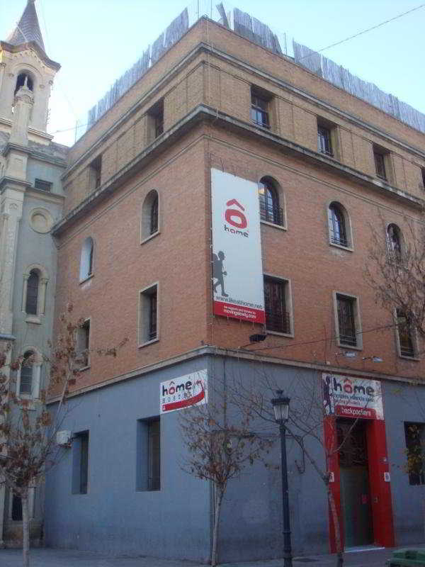 Home Back Packers Valencia, Spain Hotels & Resorts