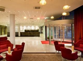 Meriton Conference & Spa Hotel -