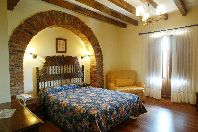 Hotel San Marcos Santillana