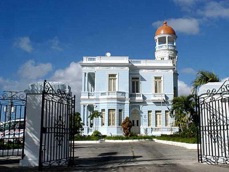 Palacio Azul in Cienfuegos, Cuba