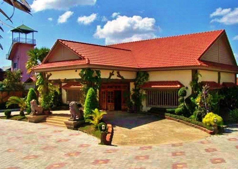 Lotus Lodge -