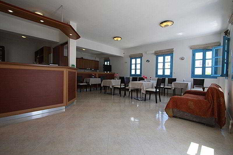 Vakhos Island Hotel -