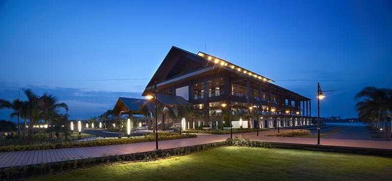 Ri Yaz Heritage Resorts & Spa Hotels & Resorts Terengganu, Malaysia