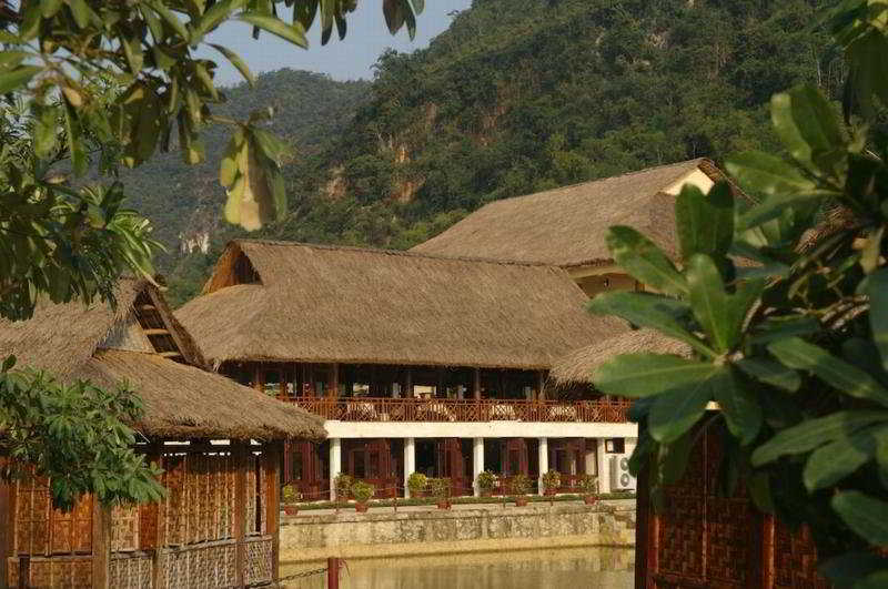 General: Mai Chau Lodge