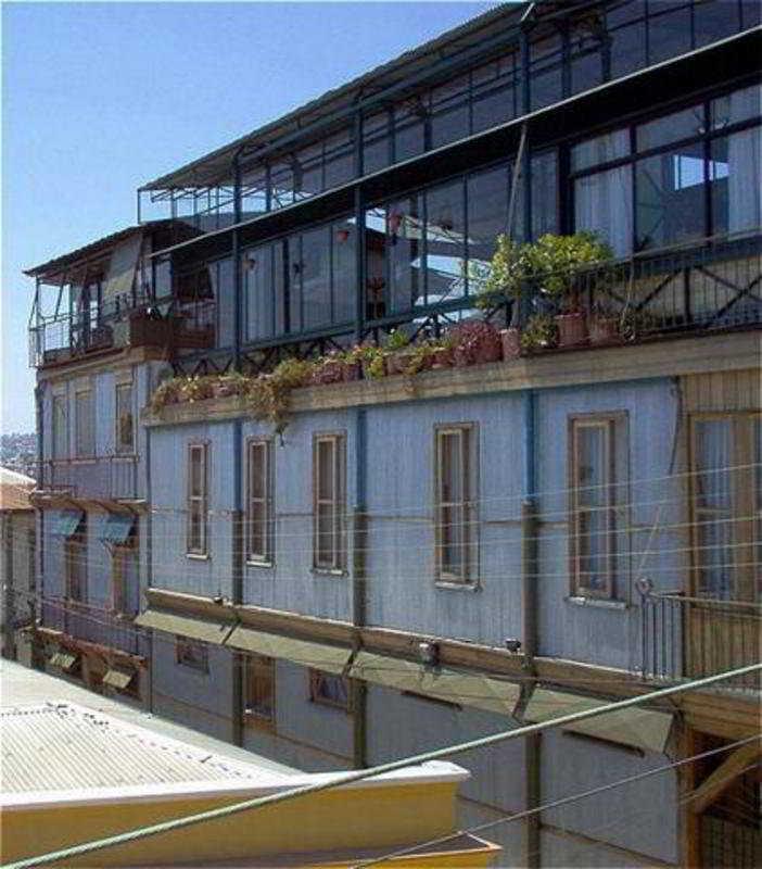 Robinson Crusoe Inn Heritage in Valparaiso, Chile