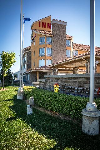 Viajes Ibiza - Monte Carlo Inn Barrie Suites